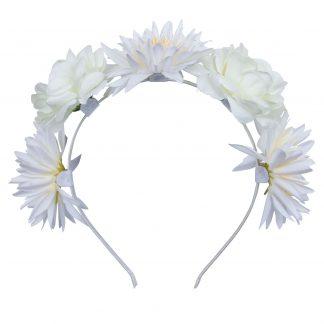 Hårkrans med vita blommor